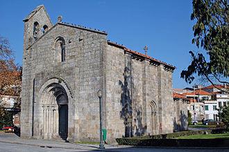 Church of São Martinho de Cedofeita - Oblique profile of the Romanesque church dedicated to Martin of Tours
