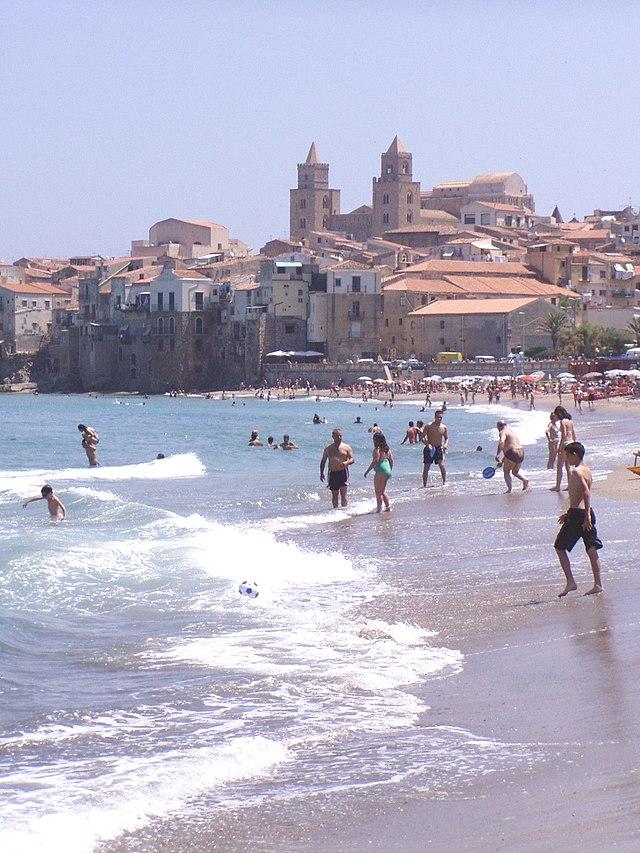 Strand von Cefalù