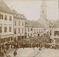 Celje v času nacionalnih spopadov - prihod čeških študentov 1899.jpg