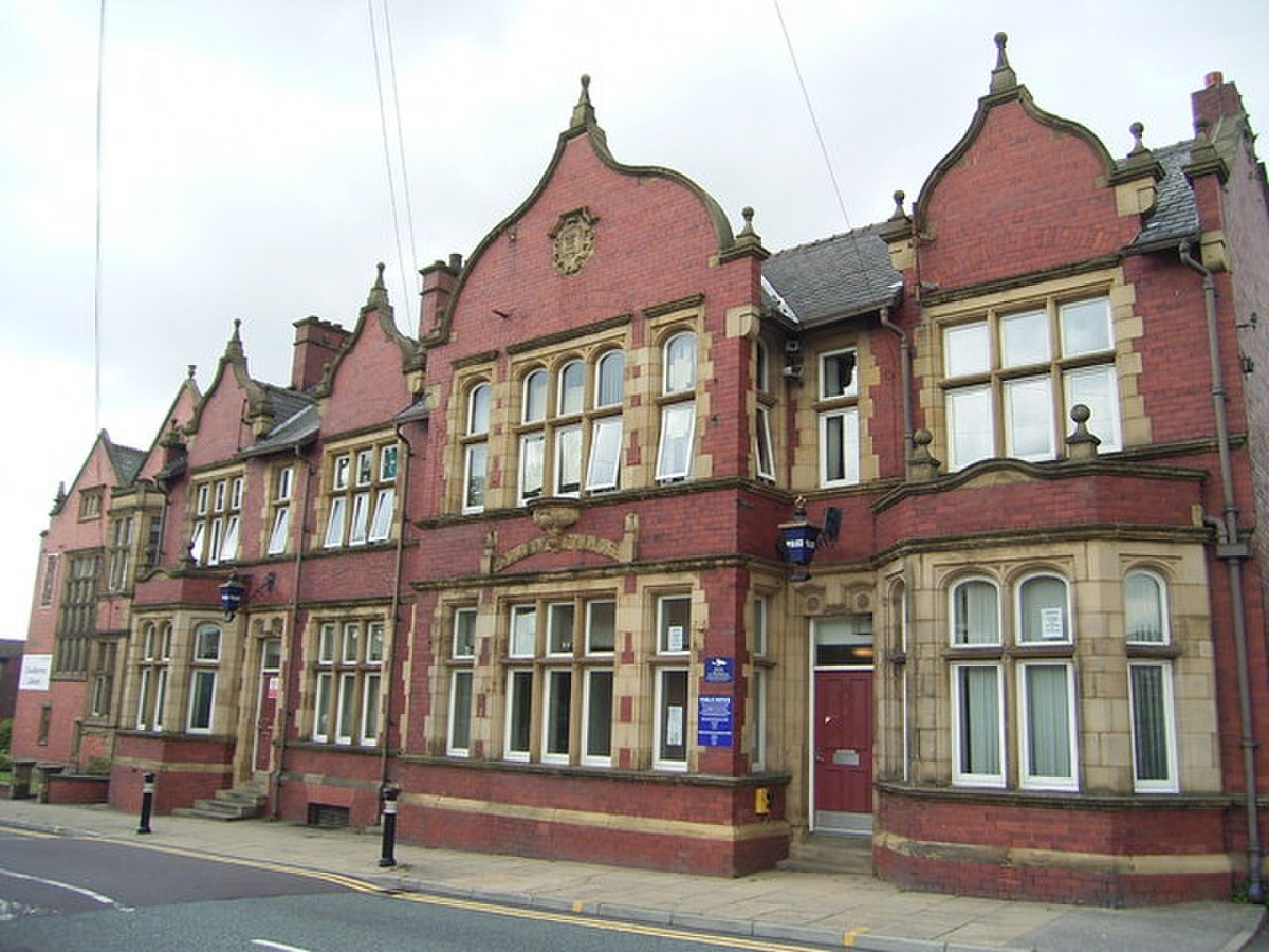 Chadderton Police Station.jpg