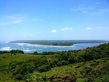 Chapora fort sea meeting river 3.jpg