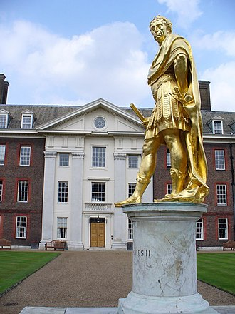 Statue of Charles II, Royal Hospital Chelsea - Image: Charles II Statue, Royal Hospital geograph.org.uk 462241