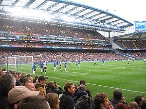 Chelsea defend corner