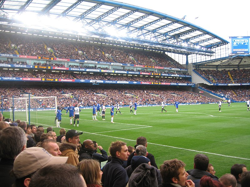 Chelsea defend corner.jpg
