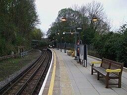 Chesham station look south2