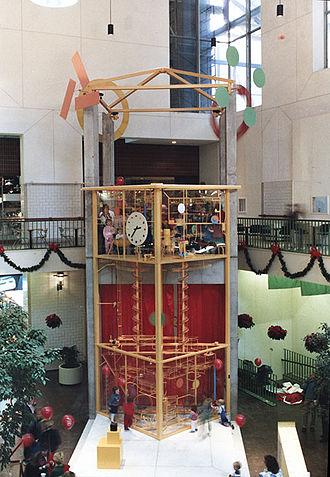 George Rhoads - Chockablock Clock Ball Machine, located in Strawberry Square.