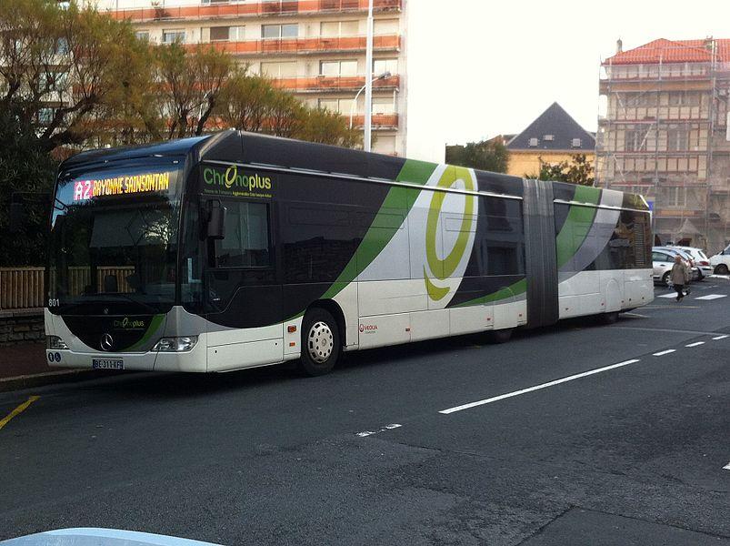 Mercedes-Benz Citaro sur la ligne A2 à l'arrêt Biarritz Mairie à Biarritz sur le réseau Chronoplus.
