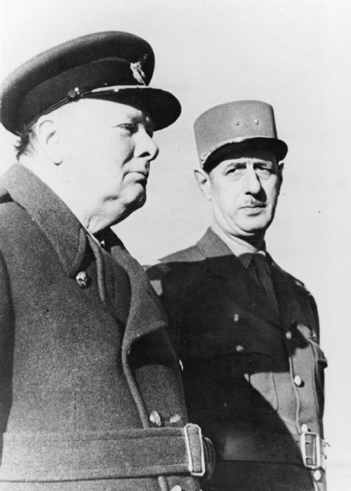 Prime Minister Churchill and General de Gaulle at Marrakesh, January 1944 Churchill De Gaulle HU 60057.jpg