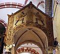 Ciborio di sant'ambrogio, con stucchi del IX secolo, ambrogio tra due devoti 01.jpg