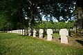 Cimetière militaire allemand de Thiaucourt - autres tombes.jpg
