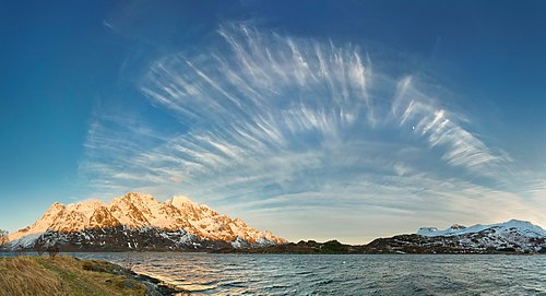 Cirrus front over Austnesfjorden, Austvågøya, Lofoten, Norway, 2015 April.jpg