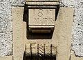 Clé de linteau datée de 1817.jpg