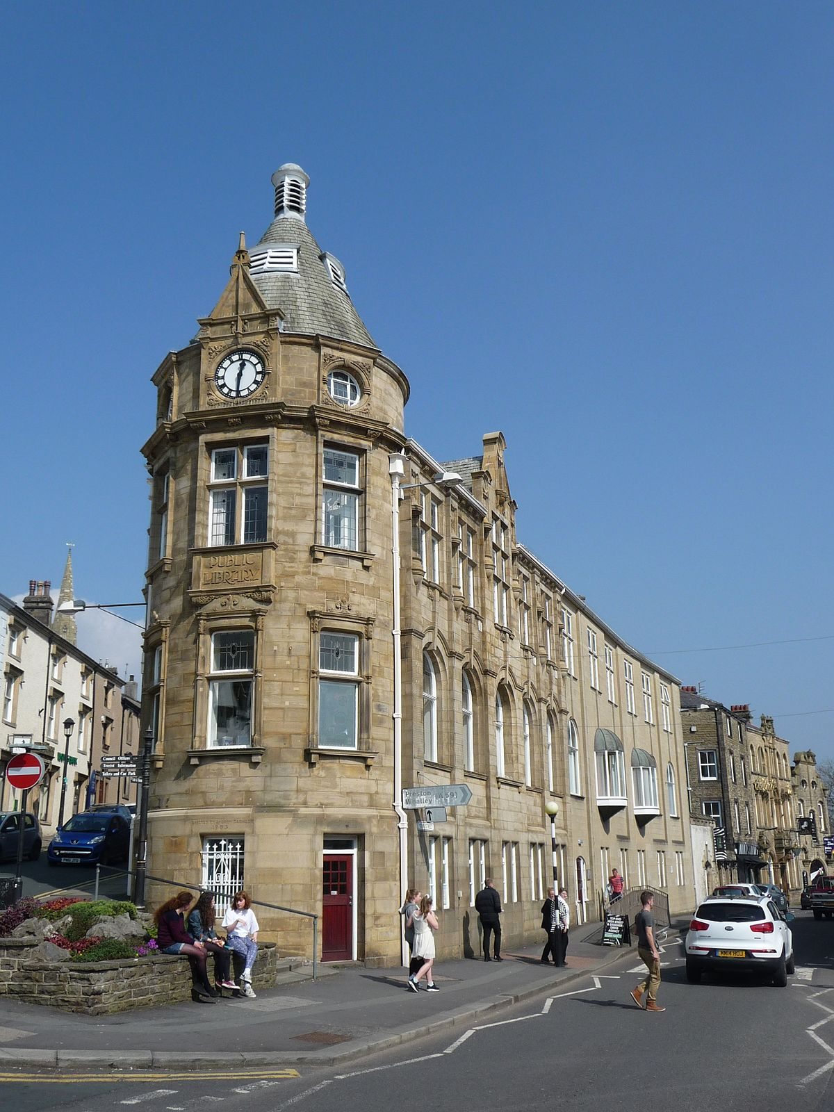 Clitheroe Library Wikipedia