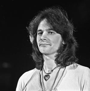 Colin Blunstone - Image: Colin Blunstone Top Pop 1973 4