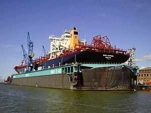 Contship Bonn Express in drydock.jpg