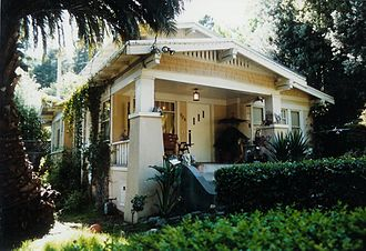 California bungalow - A typical California Bungalow, in Berkeley, California