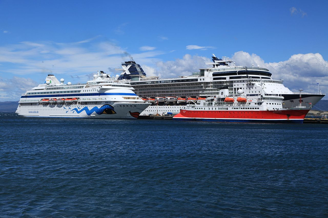 File cruise ships in port at ushuaia 5542989057 jpg for High end cruise ships