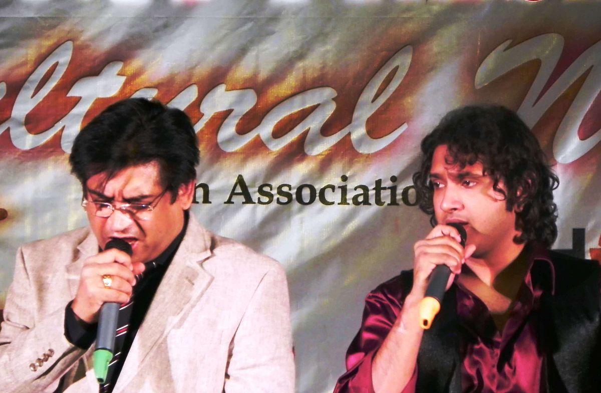 Amit Kumar (singer) - Wikipedia
