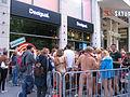 Düsseldorf Königsallee, Werbeaktion der Firma Desigual, Juni 2012 (1).jpg