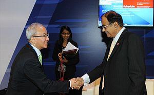 P. Chidambaram - Deputy Prime Minister of South Korea Hyun Oh-seok with P. Chidambaram in 2013
