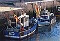 Deux petits navires de pêche côtière.jpg