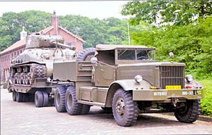 M19 Tank Transporter - Image: Diamond T Dutch Army