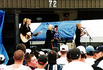 Dixie Chicks - The Dixie Chicks at the Country for Kids concert in 1998 in Stafford, Virginia