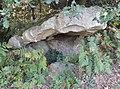 Dolmen de la pierre du Crapeau à Beauge.jpg