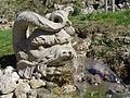 Donndorf - Schlosspark Fantaisie - Kaskadenanlage 07 - Fabelwesen (15.04.2007).jpg