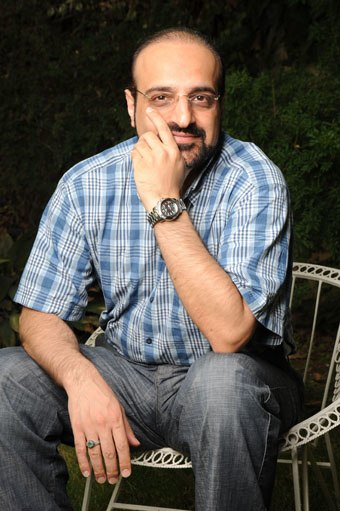 Dr Mohammad Esfahni (56)