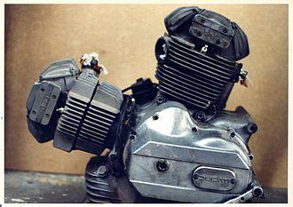 Ducati L-twin engine - 860 GT engine
