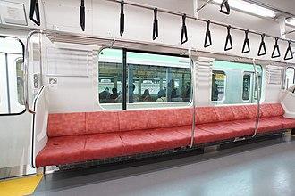 E129 series - Image: E129 interior 2