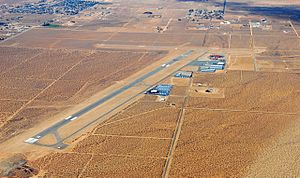EM Apple Valley Airport (3686051252).jpg
