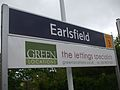 Earlsfield station signage 2010.JPG