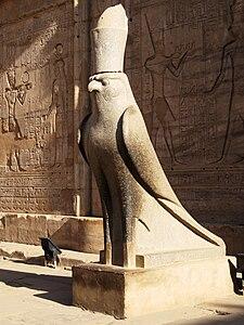 Horus le faucon.
