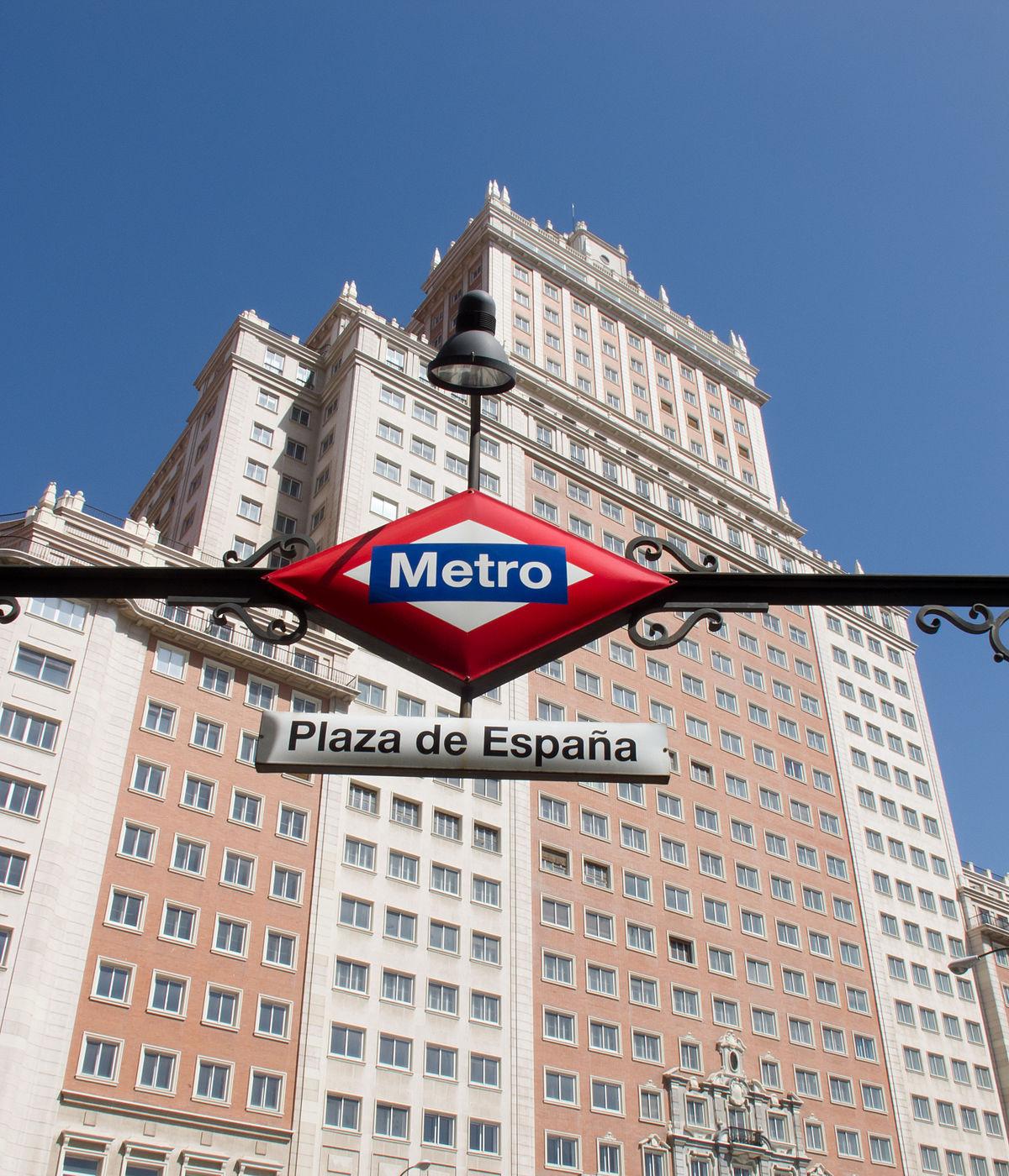 Plaza de espa a metropolitana di madrid wikipedia for Discoteca plaza de los cubos madrid