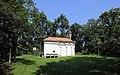 Eggenburg - Grabkapelle am Kalvarienberg.JPG
