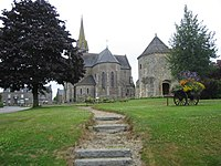 Eglise et Tour Langourla.jpg