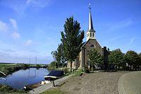 Elahuzen kerkje aan het water..jpg