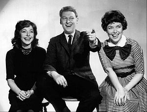 Dorothy Loudon - Nichols and May (Elaine May and Mike Nichols) with Dorothy Loudon (r.) in 1959
