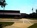 Elm Lawn Elementary School - panoramio.jpg