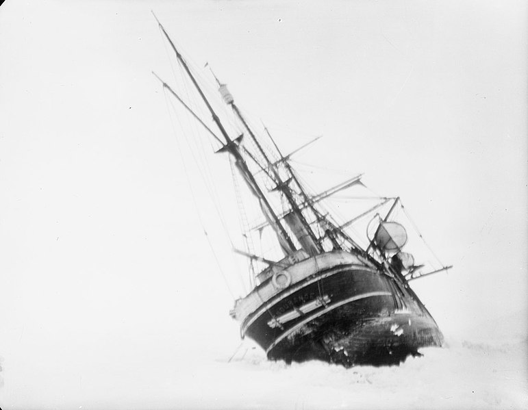 File:Endurance heeled to port by the ice (4793353650).jpg