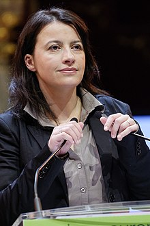 220px Europe Ecologie closing rally regional elections 2010 03 10 n12 Cécile Duflot « se sent utile » au gouvernement