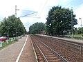 Felsőgöd megállóhely, Ady Endre úti átjáró felé nézve, 2020 Göd.jpg