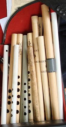 Из чего сделаны флейты