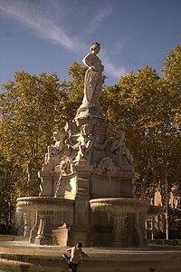 Fontaine, place du Maréchal-Lyautey.jpg