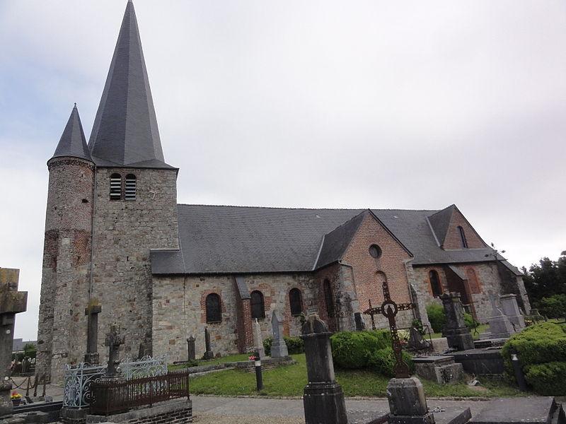 Fontaine-lès-Vervins (Aisne), église vue latérale sud