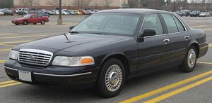 Ford Crown Victoria - Image: Ford Crown Victoria LX