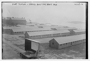 Fort Slocum - Image: Fort Slocum Shacks