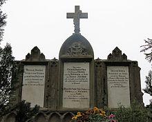 Grabstein der von Gleichen-Rußwurm auf dem Friedhof von Bonnland, 50,04954°N, 9,86399°O50.049549.86399 (Quelle: Wikimedia)